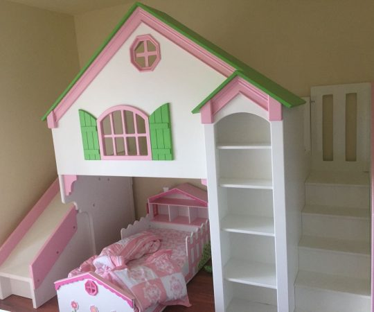 Simple DIY: Doll Houses