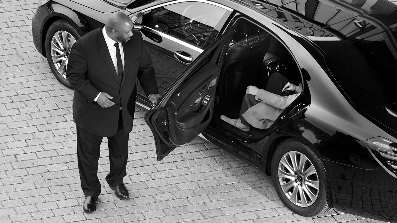 How to Save Money on a Limo Rental - Snapp