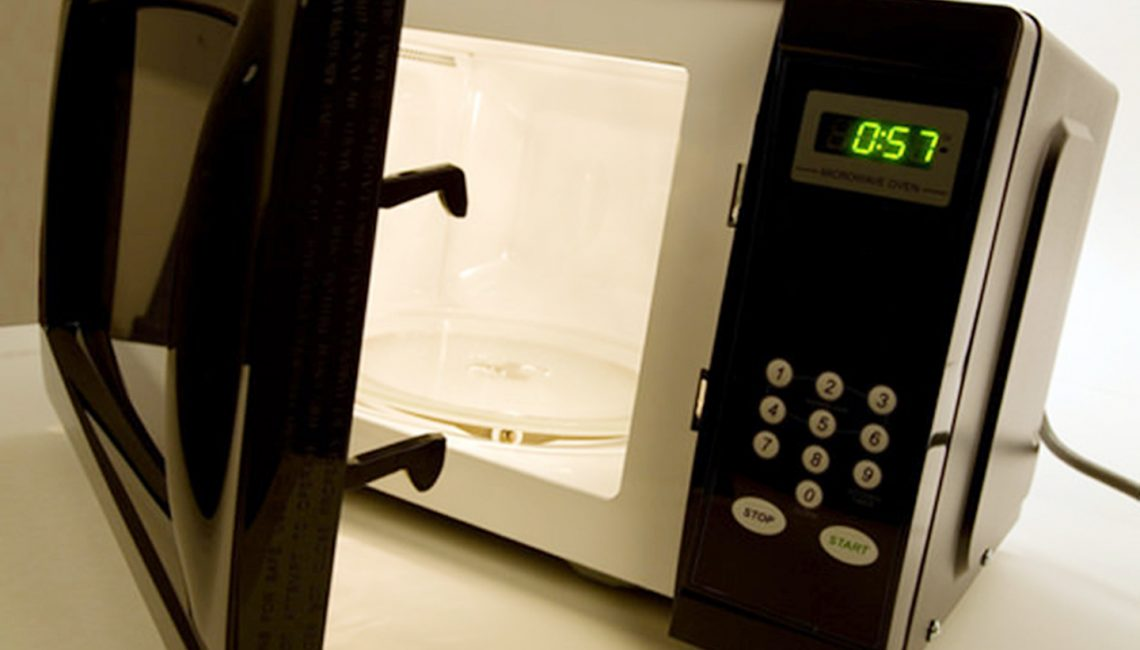 What is the Best Kind of Microwave for You to Get?