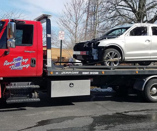 Things to Consider When Hiring a Towing Company