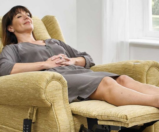 Top-Notch Reclining Chairs For Your Home in 2020