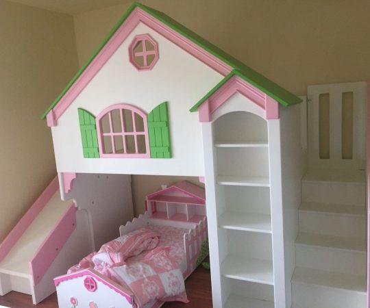 Simple DIY: Doll Houses