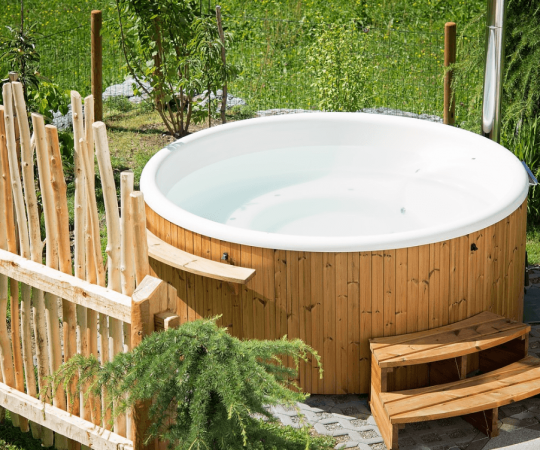 Hot Tubs Buying Guides: Things You Should Be Paying Attention To