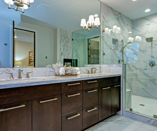 What Mistakes You Should Avoid When Installing a Shower Door