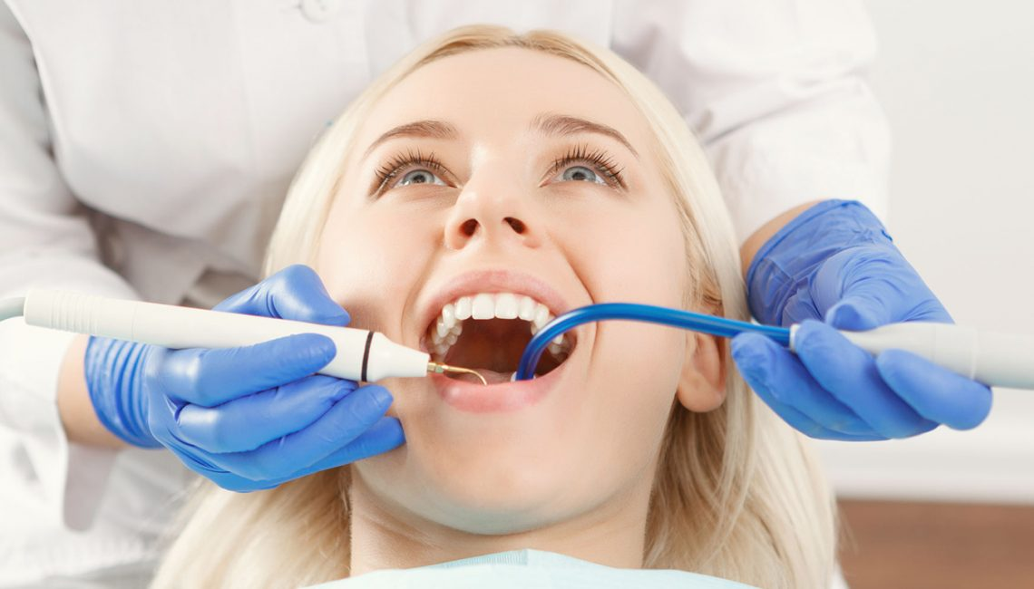 What to Consider When Going For Dental Dentures