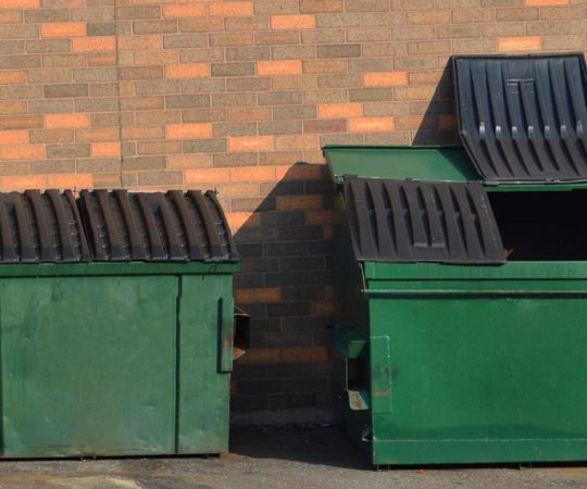 What to Consider When Going For Dumpster Rental