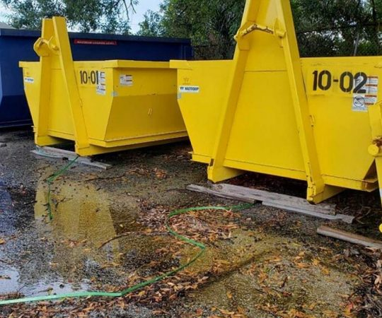 Be Mindful of These Things When Hiring a Dumpster Rental Service